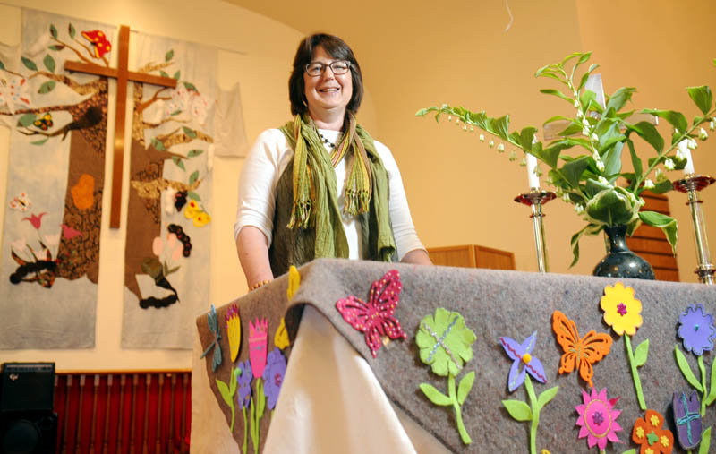 The Rev. Karen Munson is departing the Readfield United Methodist Church at Kents Hill after 12 years of service as the pastor.