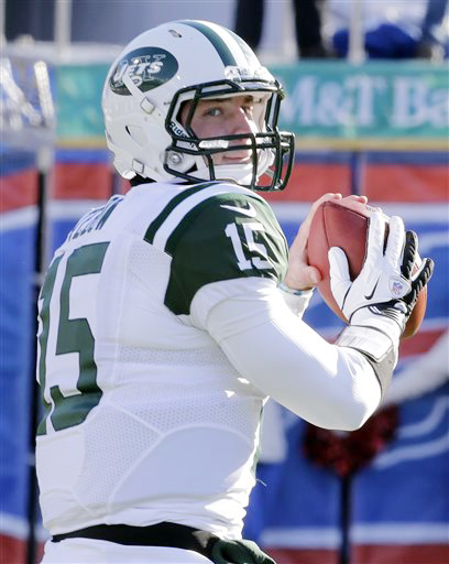 Tim Tebow warms up before a game against the Buffalo Bills in in this In this Dec. 30, 2012, photo. He didn't impress enough in practice to earn more playing time.