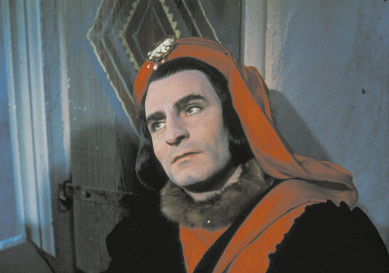 Laurence Olivier in the title role of 1956's