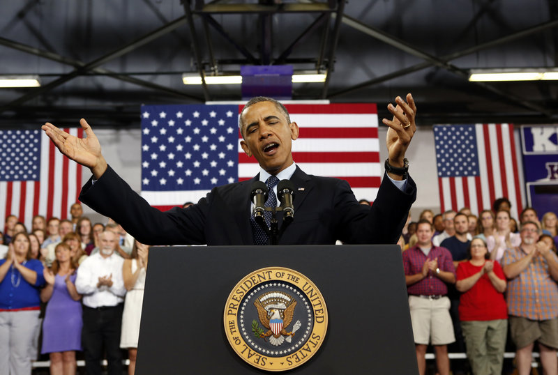 """President Obama talks about the economy Wednesday during a visit to Knox College in Galesburg, Ill. He said the economy would be the """"highest priority"""" of his second term."""