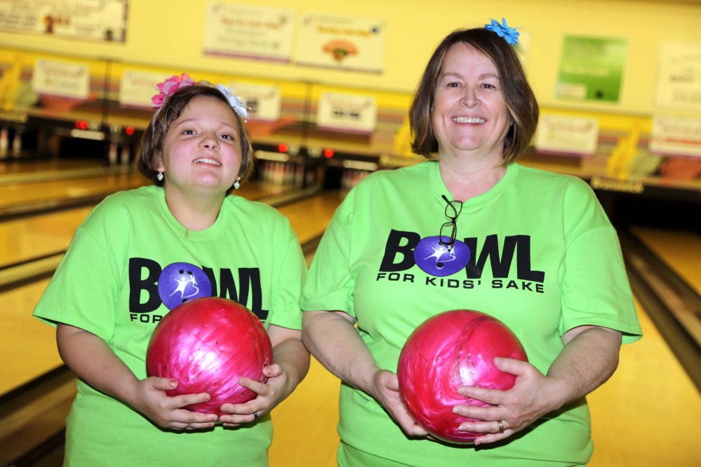 """Big sister: Cindy Wyman, irght, and her """"little sister"""" Jennie Rollins."""