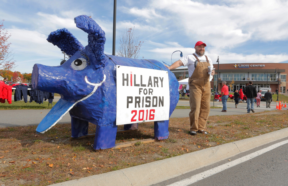 Trump wants Clinton drug tested before next debate